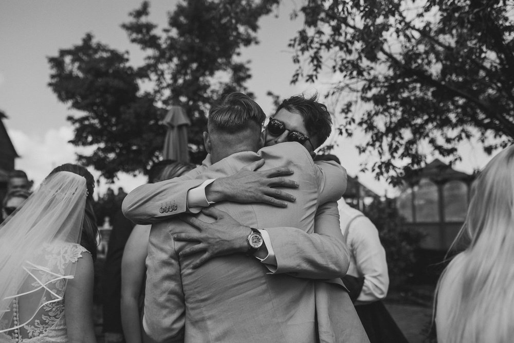 Barnyard-Kent-wedding-36.jpg