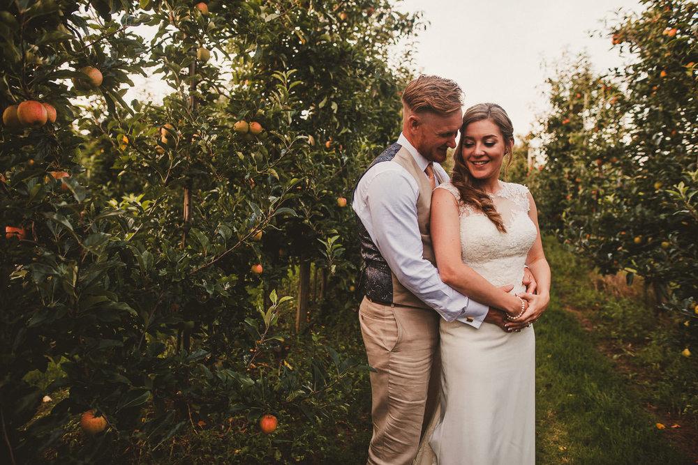 Barnyard-Kent-wedding-54.jpg