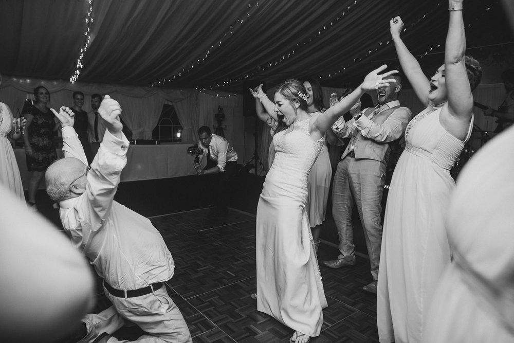 Barnyard-Kent-wedding-68.jpg