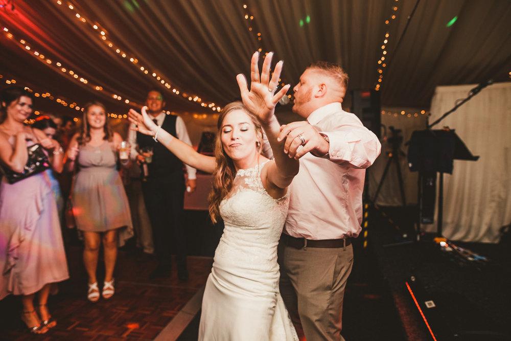 Barnyard-Kent-wedding-69.jpg