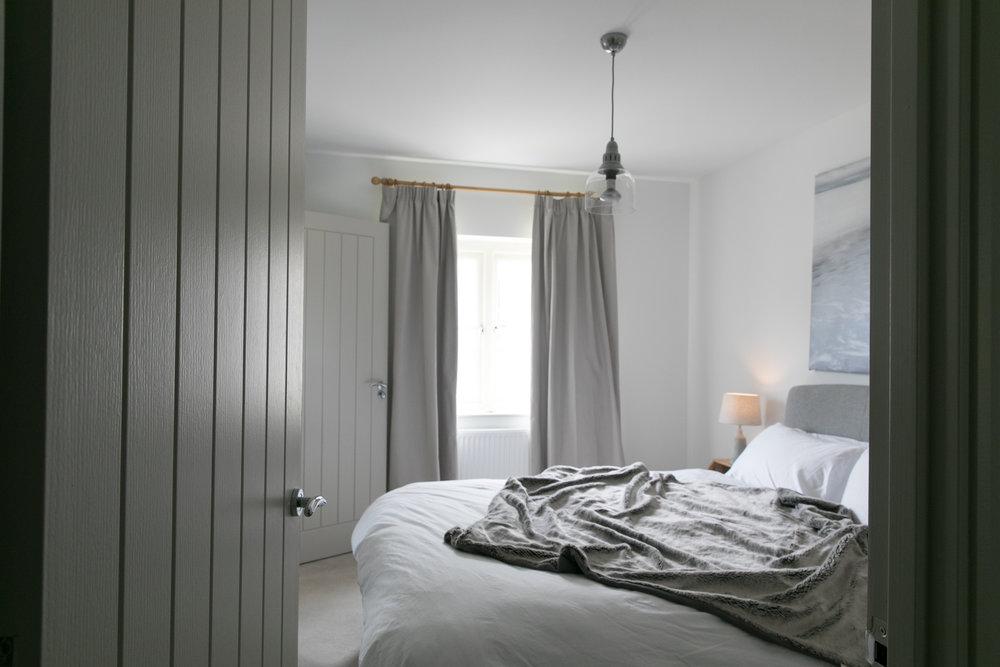 TME INTERIORS Stroud_Master Bedroom_ Chloe Edwards Photography-1.jpg