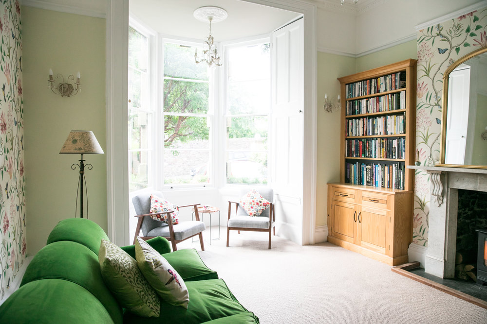 TME Interiors_2 Cliftonwood livingroom-0400.jpg