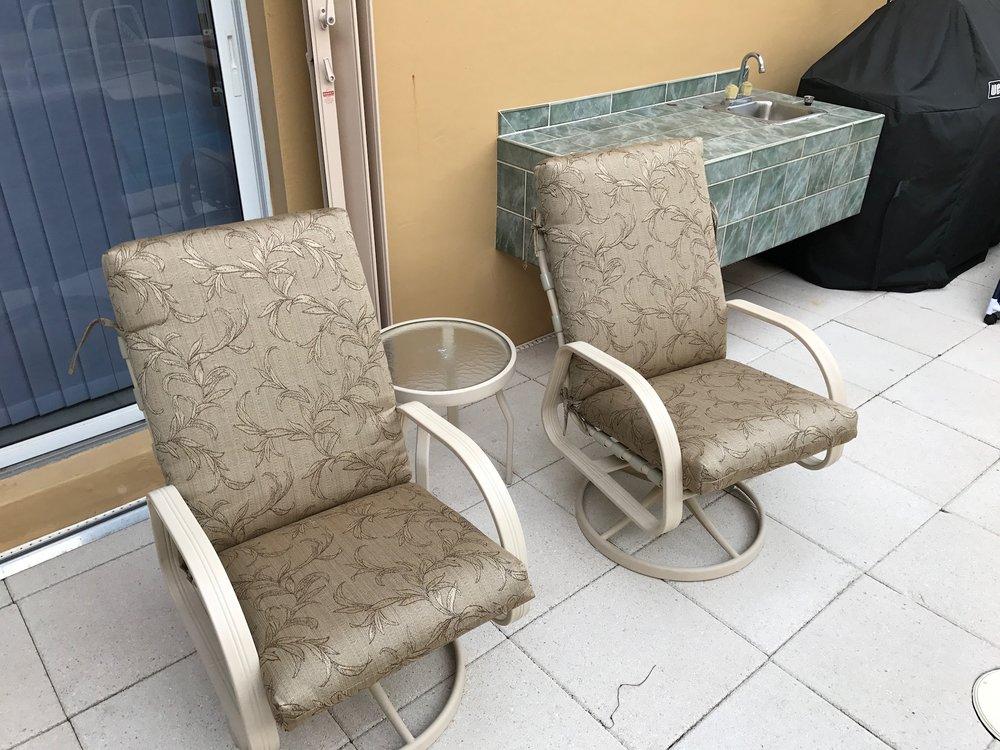 Cushions G Oaks 3.jpg
