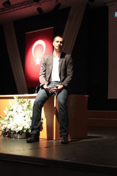 """Mustafa İÇİL """"Kariyer Sohbetleri"""" (Galatasaray Üniversitesi)"""