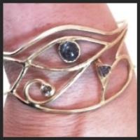 eye bracelet.jpeg