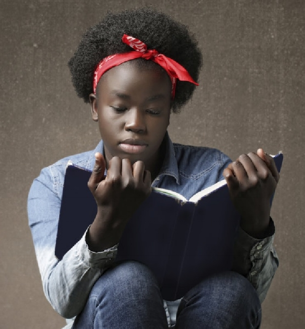 teen_reading_.jpg