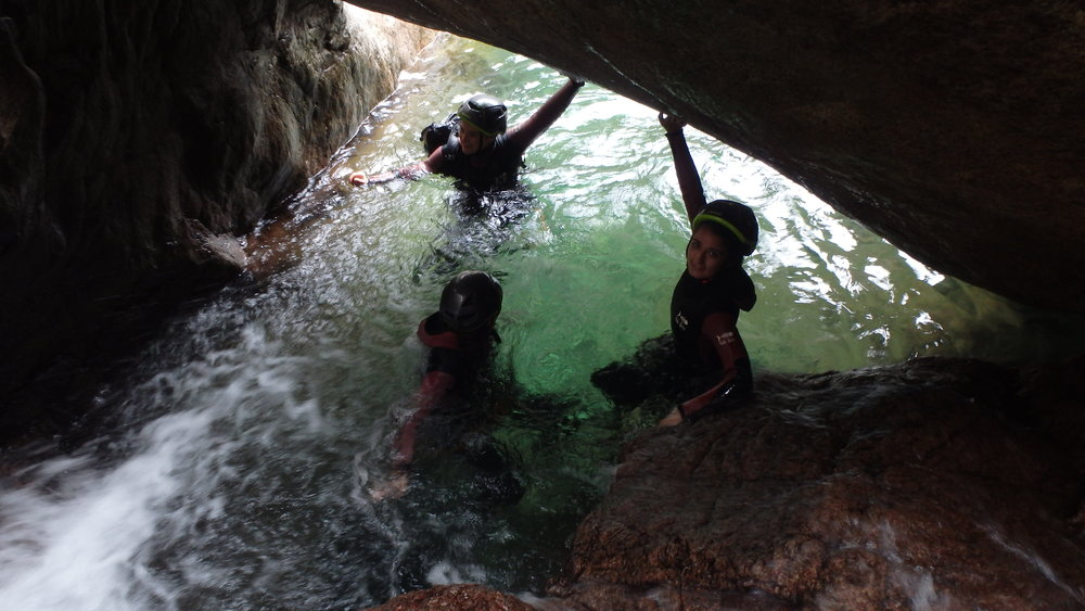 FUIMICELLI* - Rando aquatique '5h' dans le bas des aiguilles de Bavella. 45€/pers (6 personnes uniquement)RESERVEZ DES MAINTENANT