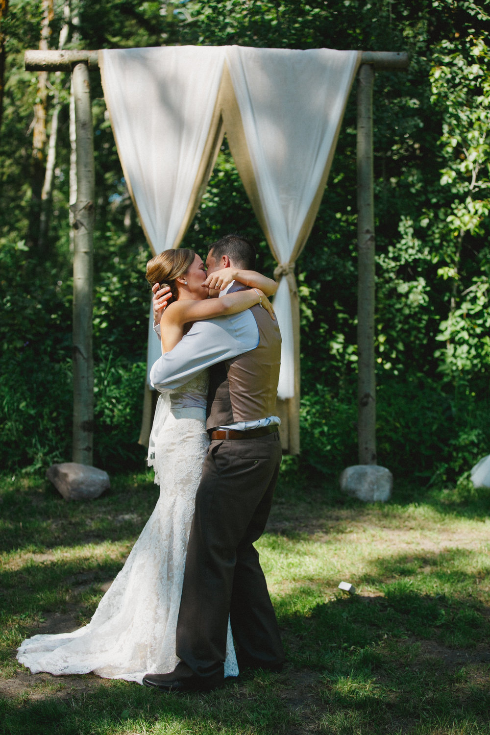 backyard wedding near sherwood park with chelsea dawn photography