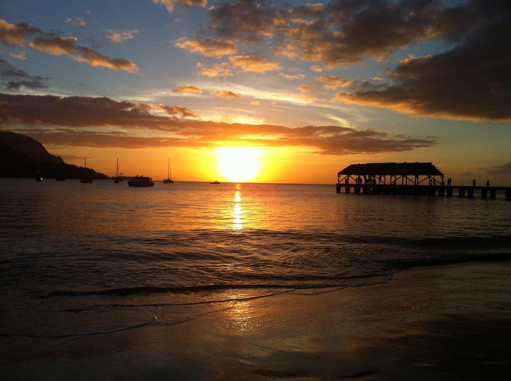 An October 2016 sunset at Hanalei Bay on the Garden Island of Kauai, my soul-nourishing,tank-filling destination.