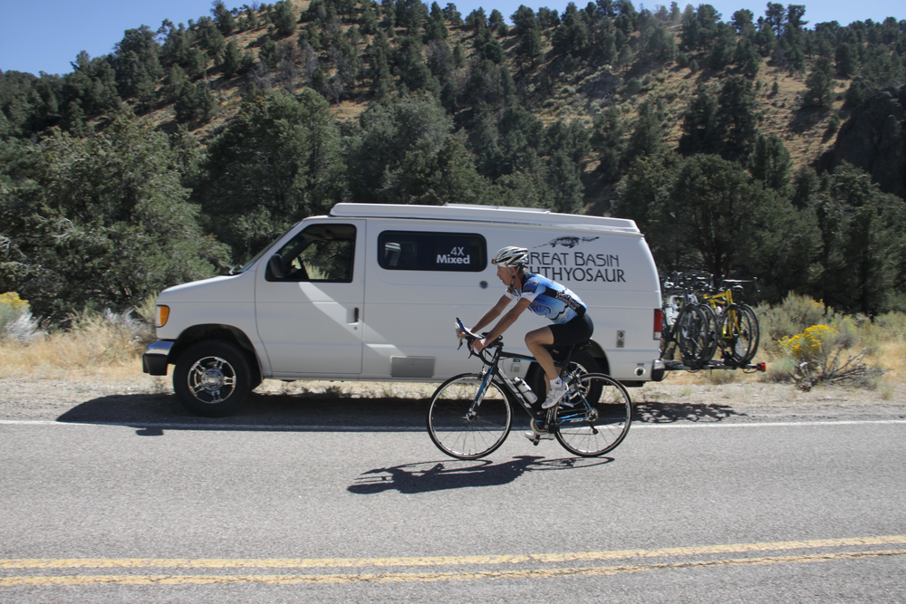 Fritz riding past Skiz, climbing Carroll Summit, about 50 miles into Fritz's stage and 130 miles into the 508 mile race.