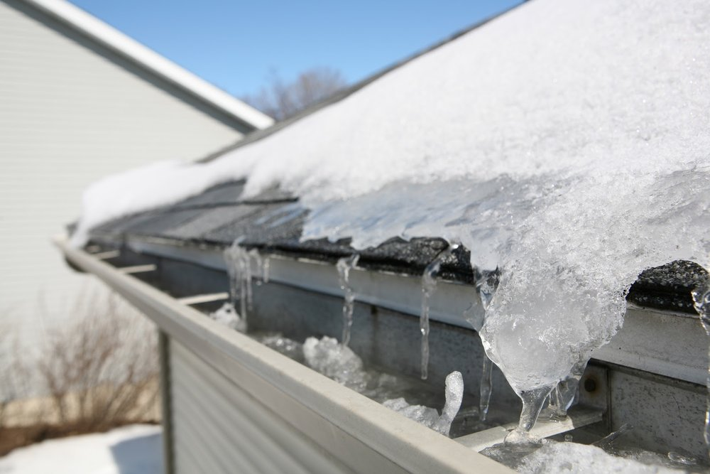leaks during temp. fluctuations signs of roof damage.jpeg