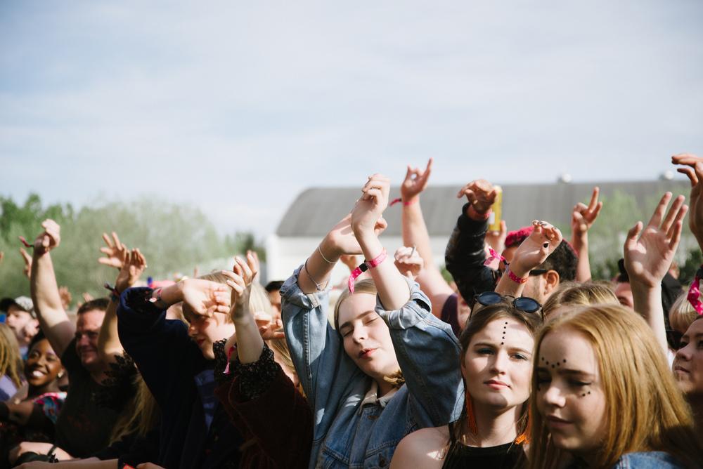 Crowd 7.jpg