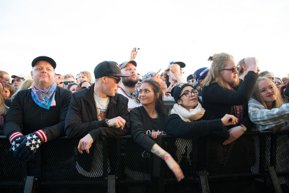 Crowd 8.jpg
