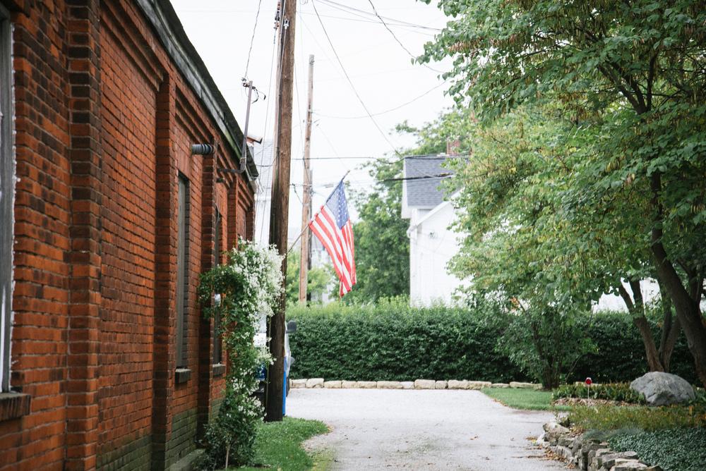 Fremont Flag in Alley.jpg