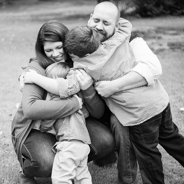 My favorite photos of a session are usually the in between photos. The big hugs, the tickle fights, siblings chasing each other. It's always sweet to have that classic photo of the whole fam smiling, but deep down in my gut I think these in between photos are the ones families will cherish forever. Also.... all the black and white photos. ALL THE BLACK AND WHITE!