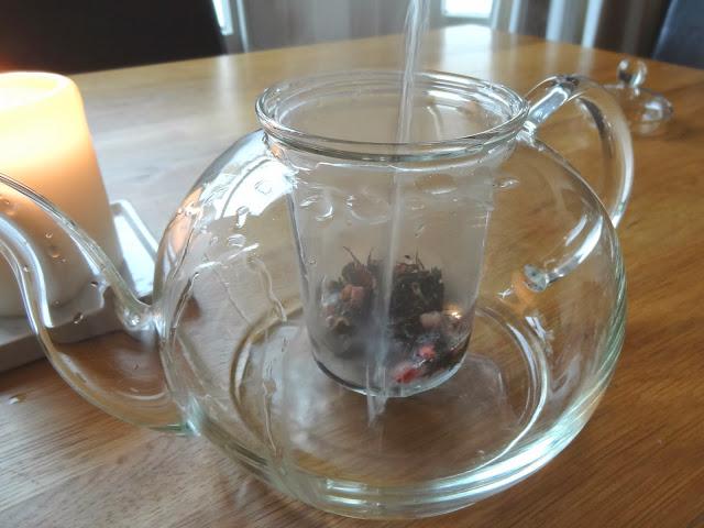 teapot&.jpg