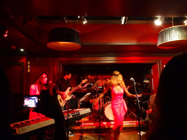 Ronnie's Bar