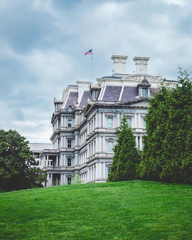 Today? Rocked. I was invited to the @whitehouse for the #findyourpark #WWIM13 - and it was amazing! This is the view of the Eisenhower building from the south lawn of the White House. More shots to come throughout this week:) #igdc