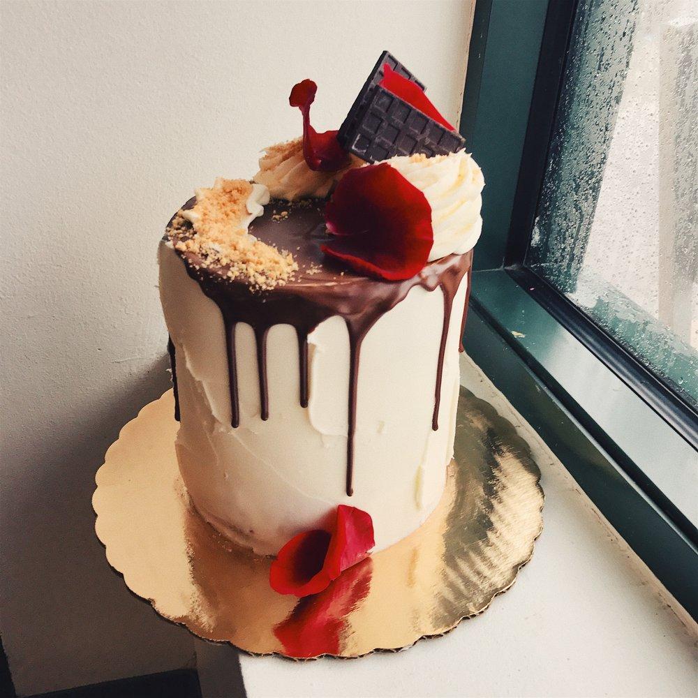 full iced drip cake