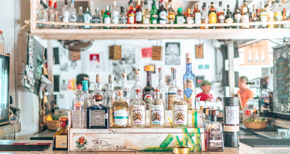 Artisanal Mexican drinks crafted in heaven! Tulum is a paradise for anyone who loves eco-lodges, bohemian vibes, and crystal-clear white sandy beaches! In pictures: all the reason you need to add Tulum to your Mexico itinerary. #Mexico #Tulum