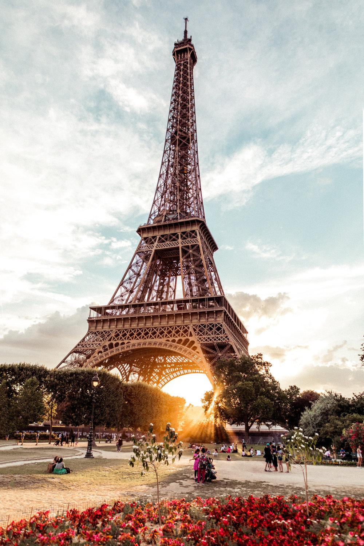 -ninatekwani-paris-eiffel-tower-2.jpg