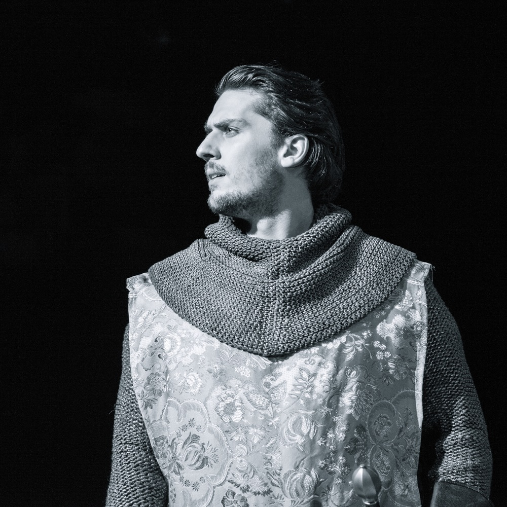 CHRIS DOOLY (Member Since 2012) ROLES: Paris (Romeo and Juliet), Lucentio/First Huntsman (The Taming of the Shrew), Polonius (Hamlet), Berowne (Love's Labour's Lost), Antipholus of Ephesus (The Comedy of Errors), Paris/Tybalt/Prince/Lady Montague/Peter/Apothecary/Servants (The Tragedy of Romeo and Juliet), Parolles (All's Well That Ends Well),Bolingbroke (Richard II) FAVORITE SHAKESPEARE QUOTE: Zu'u los Dovahkiin, hon dii Thu'um