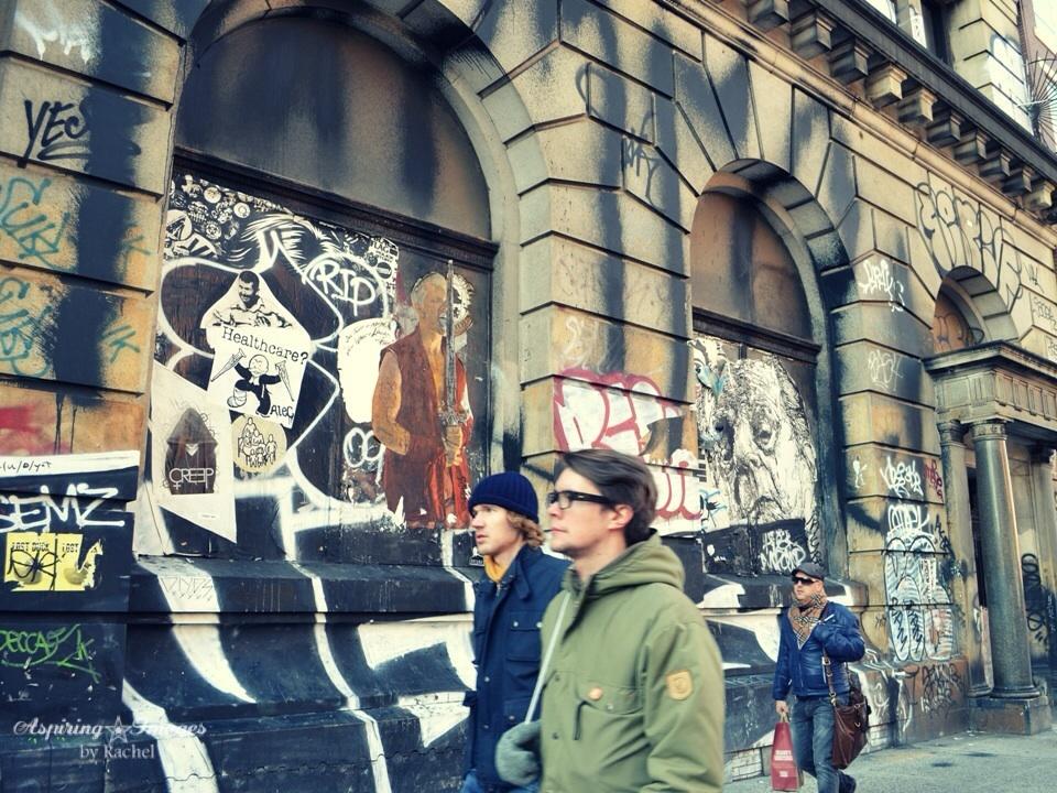 2010_Dec_NYC_Shelter_Graffitti-2-web