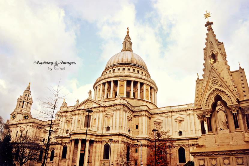 AspiringImagesbyRachel-London-StPaulsCathedral-ExtwTrees