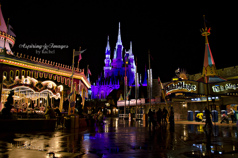 I Heart Magic Kingdom In The Rain | Disney World Photography via Aspiring Images by Rachel