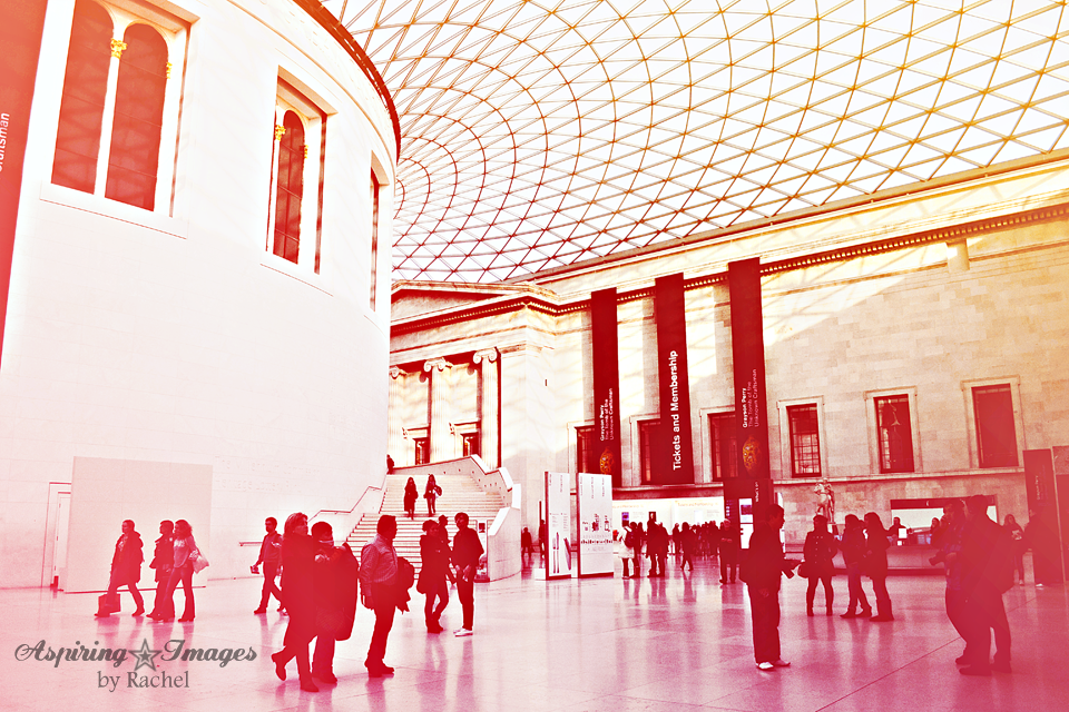 AspiringImagesbyRachel-London-BritishMuseum-Entry-Daylight