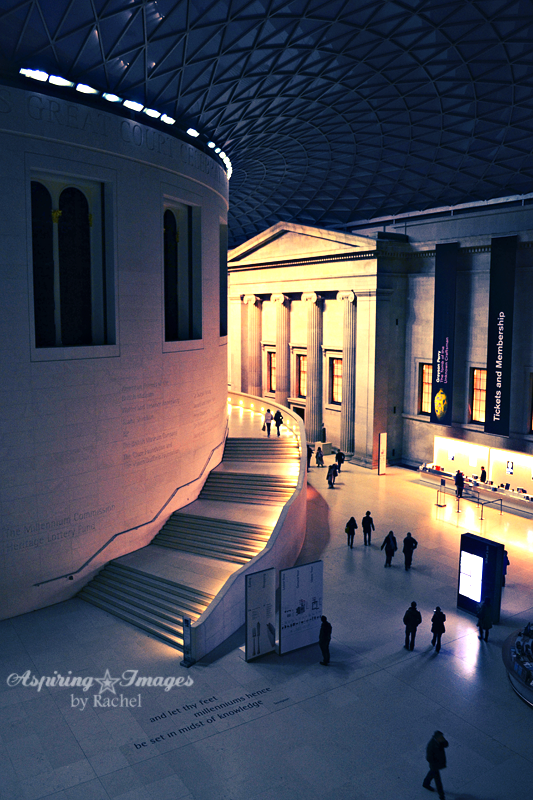 AspiringImagesbyRachel-London-BritishMuseum-InteriorEntranceNight-2