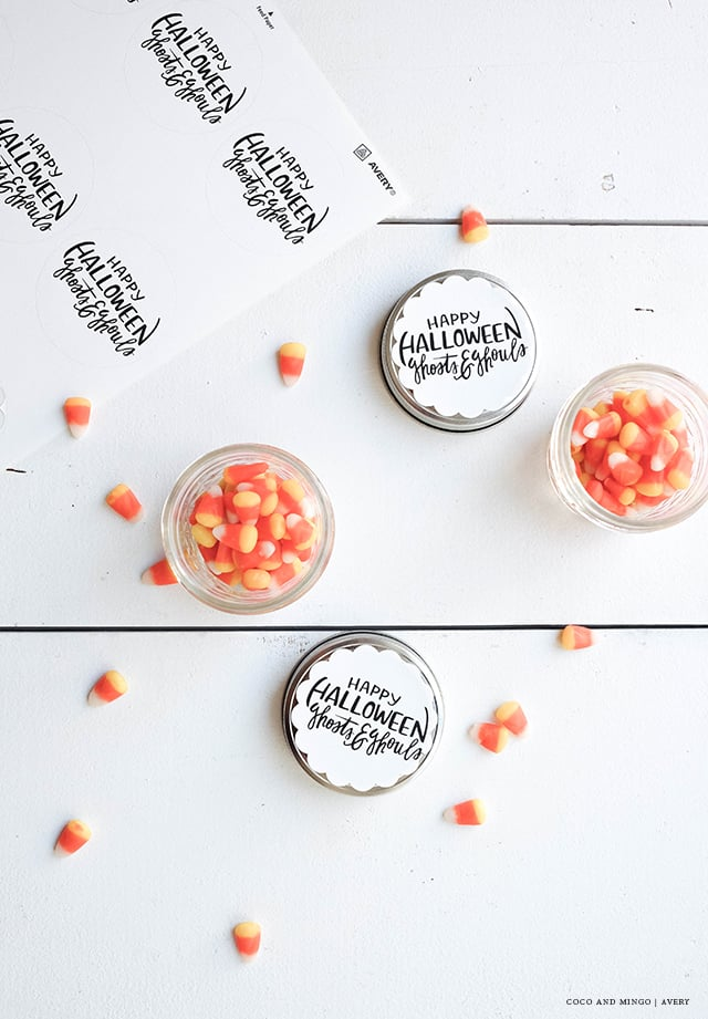 Avery, freebies, printable labels, Halloween decoration, hand lettering, calligraphy, Halloween 2015, ideas, treats, goodies, candies
