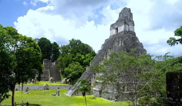 Peten, Guatemala: Mayan Pyramids of Tikal