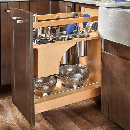 Base Cabinet Pullout Knife/Utensil Base Organizer (Photo Credit: Rev-A-Shelf)