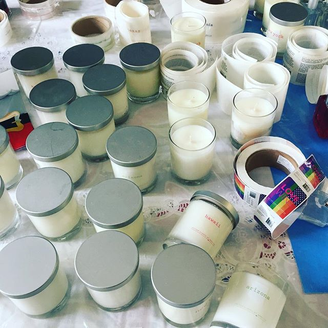 All up in the candle studio like what 🙌🏼 looks like the holidays are going to be smelling extra sweet for our dear customers and friends 🎄🎁🕎 #thankyou #appreciateitall #blessingsonblessings