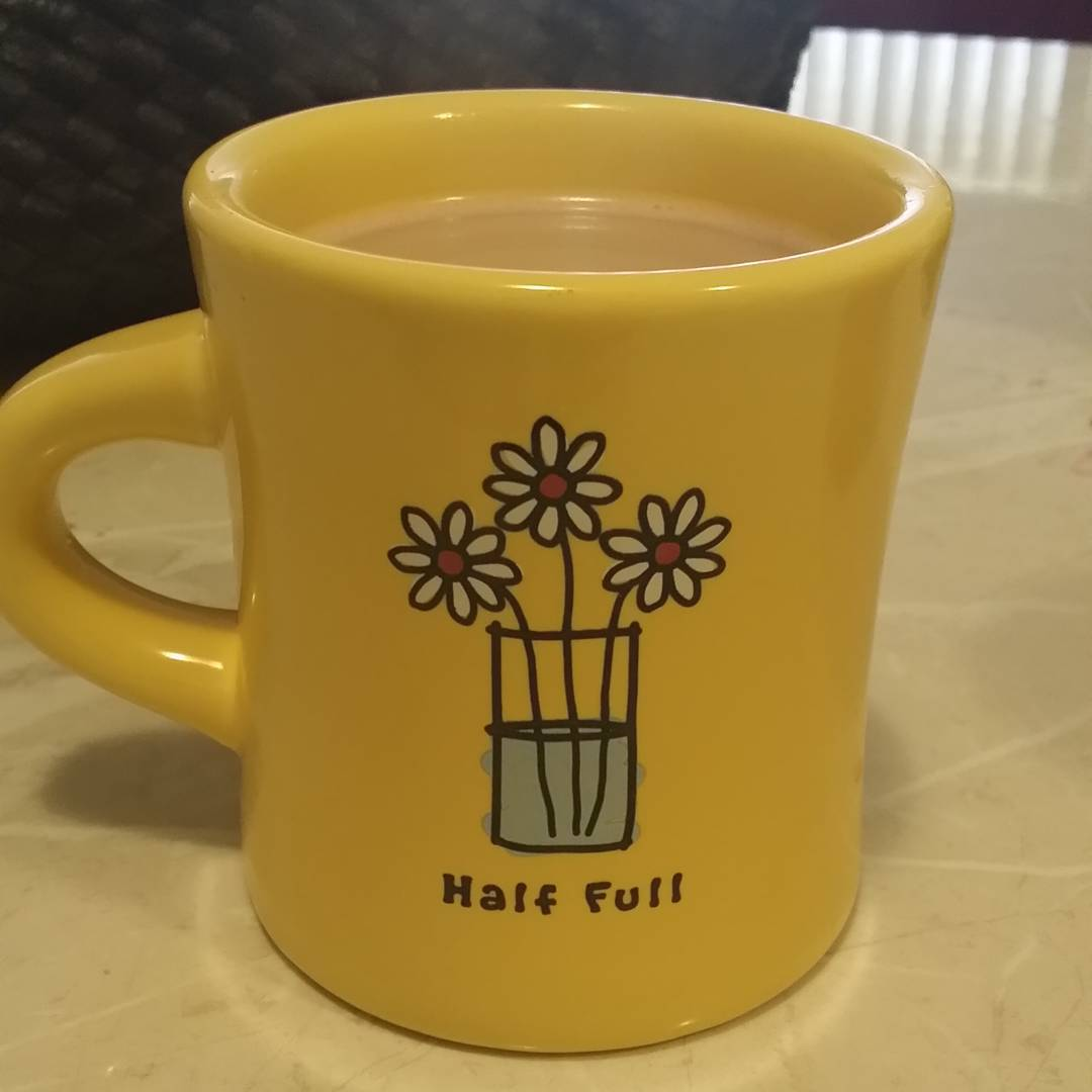 Day 3 #hotbeverage This is my daughters mug and it so represents her. She is a lovely one. @hello_my_name_is_erin #winterwellness @earth_hq