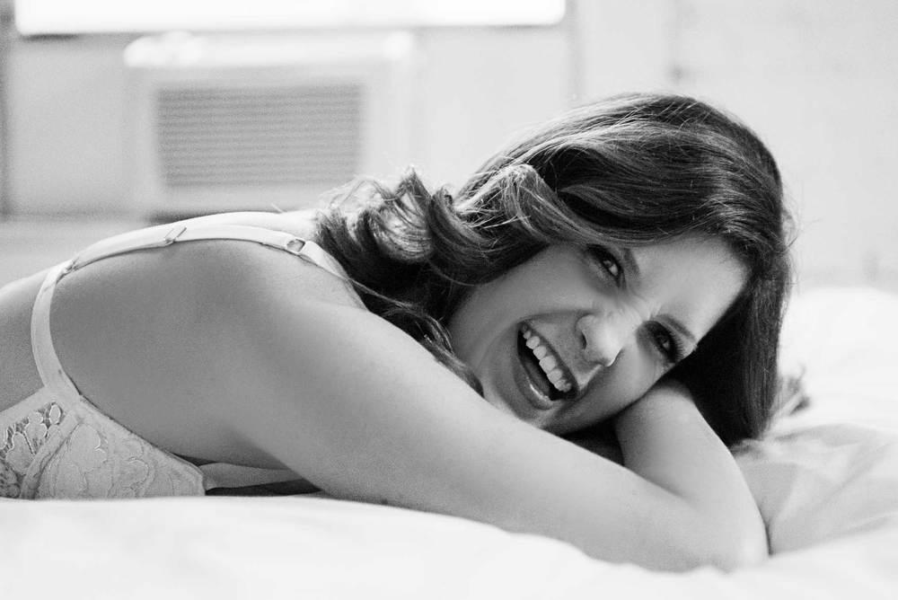 Megan-Boudoir_Kelsey-Lane-Photography-180-b&w.jpg