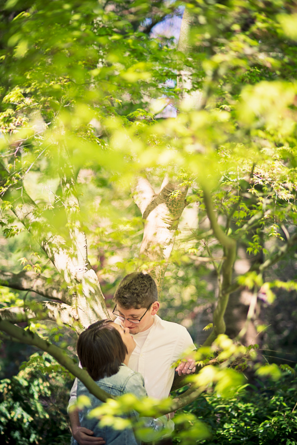 Romantic Park Engagement_Seattle Engagement_Kabota Gardens Engagement_Kelsey Lane Photography_1