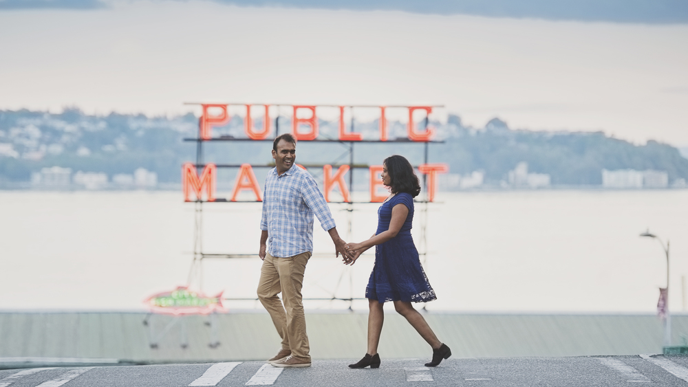 Seattle Engagement Photo_Pikes Place Engagement_Kelsey Lane Photography_8