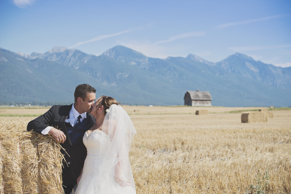 Montana Wedding_Flathead Lake Wedding_Sweet Wedding_Seattle Wedding Photographer_Kelsey Lane Photography_5