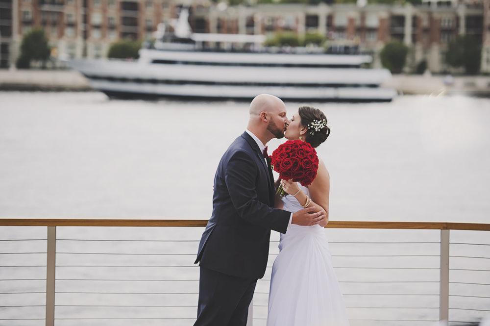 Baltimore Wedding_Summer Wedding_Navy and Red Wedding_Kelsey Lane Photography_Seattle Wedding Photographer_5