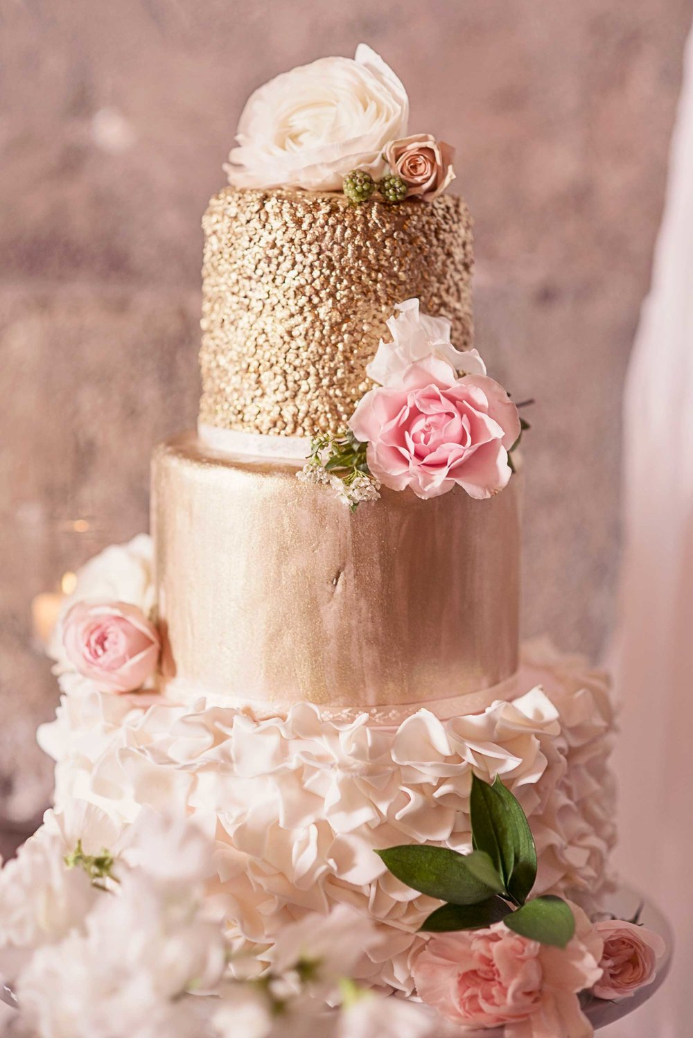 Blush Wedding, Elegant Wedding, Pink Wedding, Montana Wedding Photographer, Blush Wedding Cake