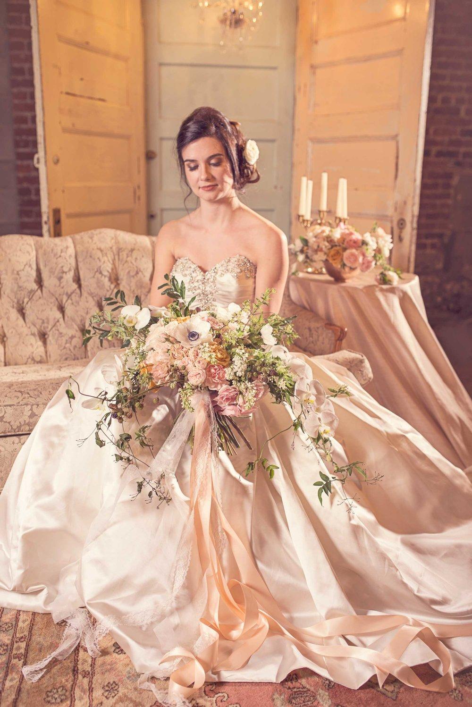 Blush Wedding, Elegant Wedding, Pink Wedding, Montana Wedding Photographer, spring wedding flowers, vintage furniture wedding