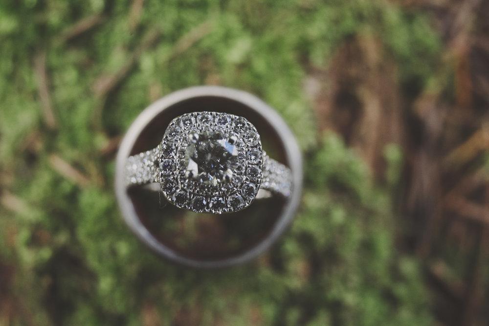 A Gorgeous Forest Wedding | Poulsbo Wedding | Kelsey Lane Photography | Kitsap Memorial Park Wedding