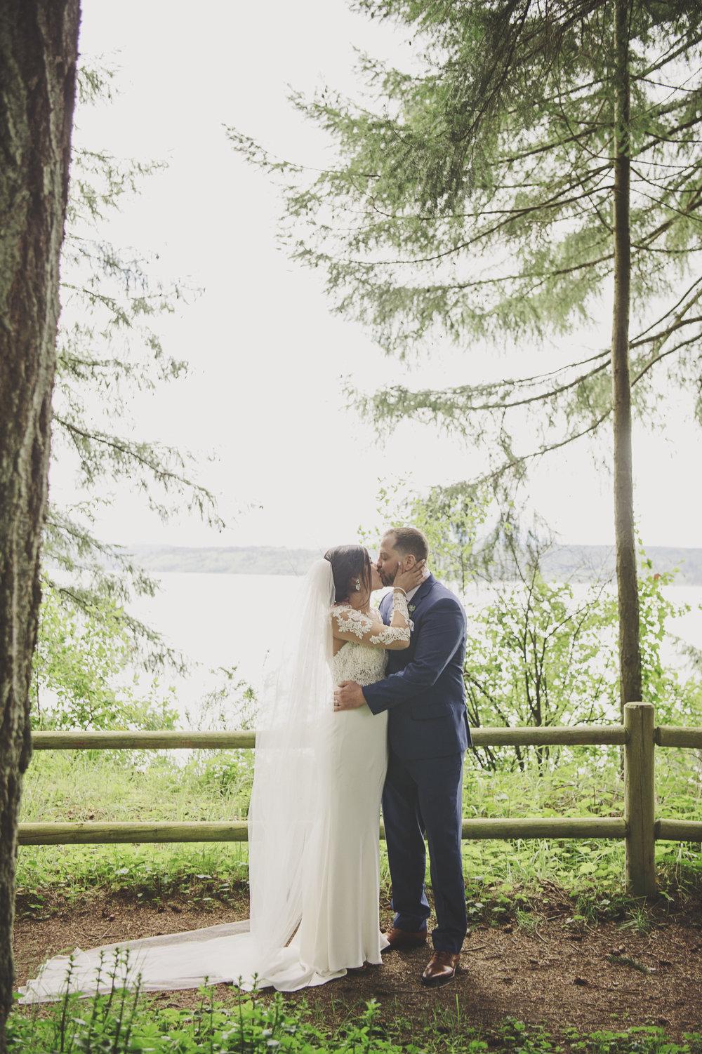 Woodsy Wedding_Kitsap Memorial State Park_Kelsey Lane Photography_4