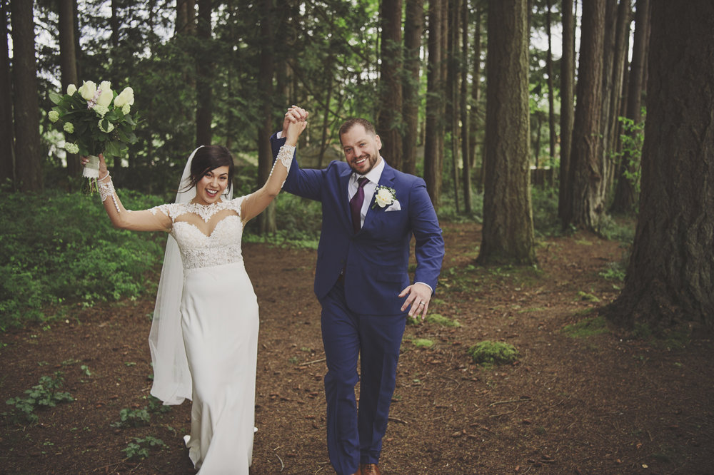 Woodsy Forest Wedding_Kitsap Memorial State Park_Kelsey Lane Photography_cute bride and groom photo