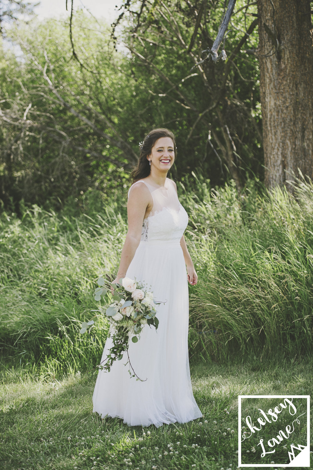 Rustic Montana Wedding_Missoula Wedding Photographer_Grey Wolf Ranch_Kelsey Lane Photography_Bitterroot Flower Shop_Bride