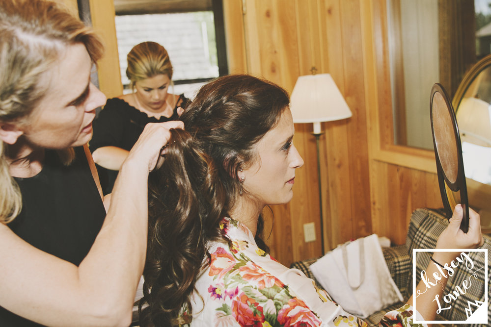 Rustic Montana Wedding_Missoula Wedding Photographer_Grey Wolf Ranch_Kelsey Lane Photography_Bride Getting Ready_Missoula Hair Stylist