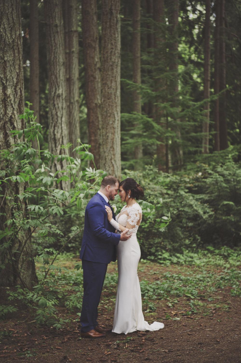 Forest Wedding_PNW Wedding_Kelsey Lane Photography