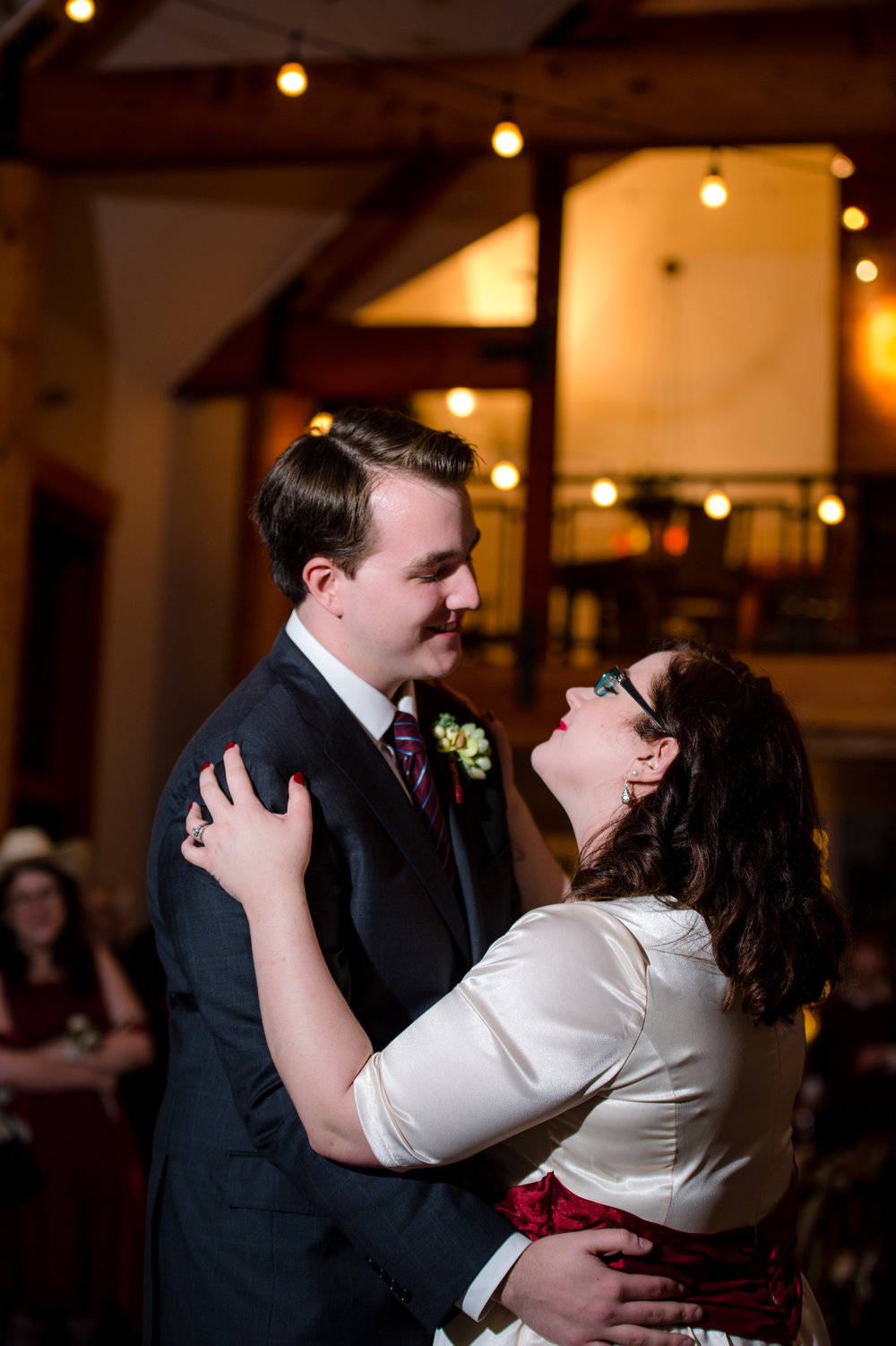 Rini Didier + Matt MacIsaac Wedding_Lodge at Falls City Wedding_Kelsey Lane Photography-0281.jpg